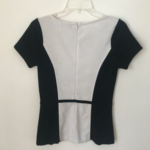 Forever 21 Tops - ❗️SOLD❗️ Forever 21 Black & White Colorblock Top
